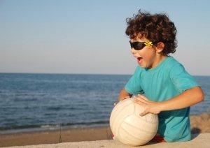 Piłka-w-akcji-10-pomysłów-na-zabawę-z-piłką