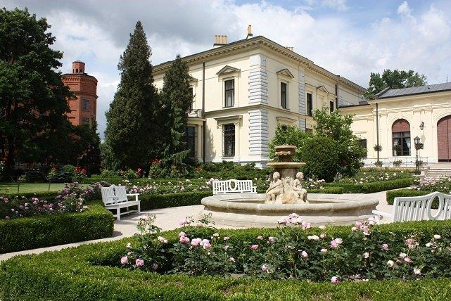 Muzeum Pałac Herbsta od strony ogrodu