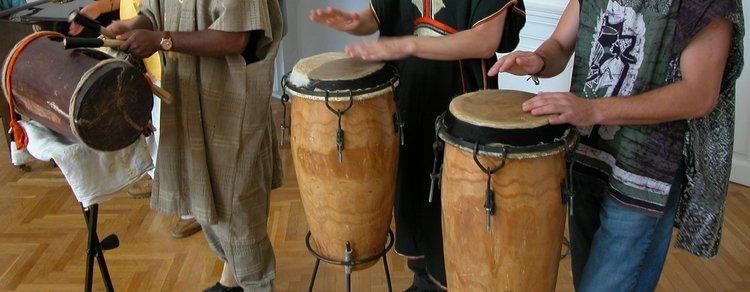 Podróż do świata etnicznych instrumentów
