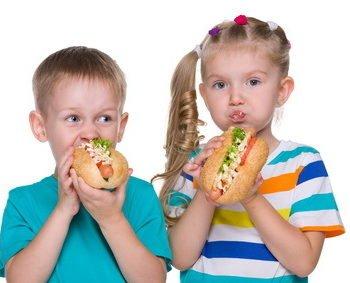 Przyczyny otyłości u dzieci.