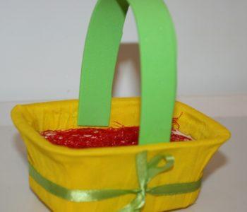 Wielkanocny koszyczek z bibuły