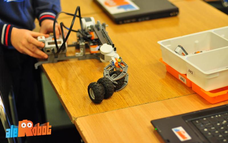 konstruowanie robotów w ale robot