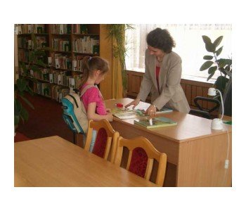 biblioteka_chorzow_dziewczynka