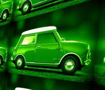 Zielony Samochodzik jedzie do parku (bajka dla małych chłopców, którzy nie mogą żyć bez samochodów)