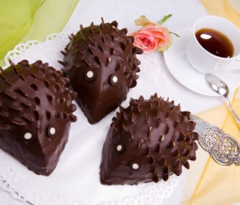 Przepis na czekoladową kolczatkę: ciasto – jeż