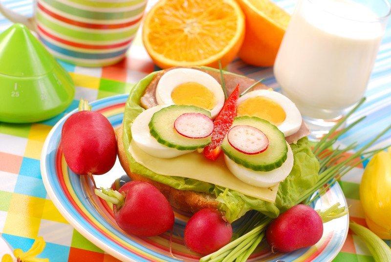 30 pomysłów na kolorowe kanapki dla dzieci