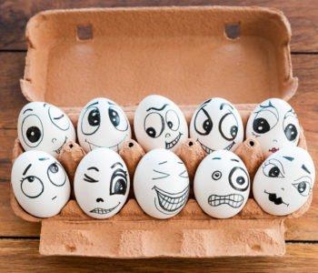 żart na Prima Aprllis - jajka z niespodzianką