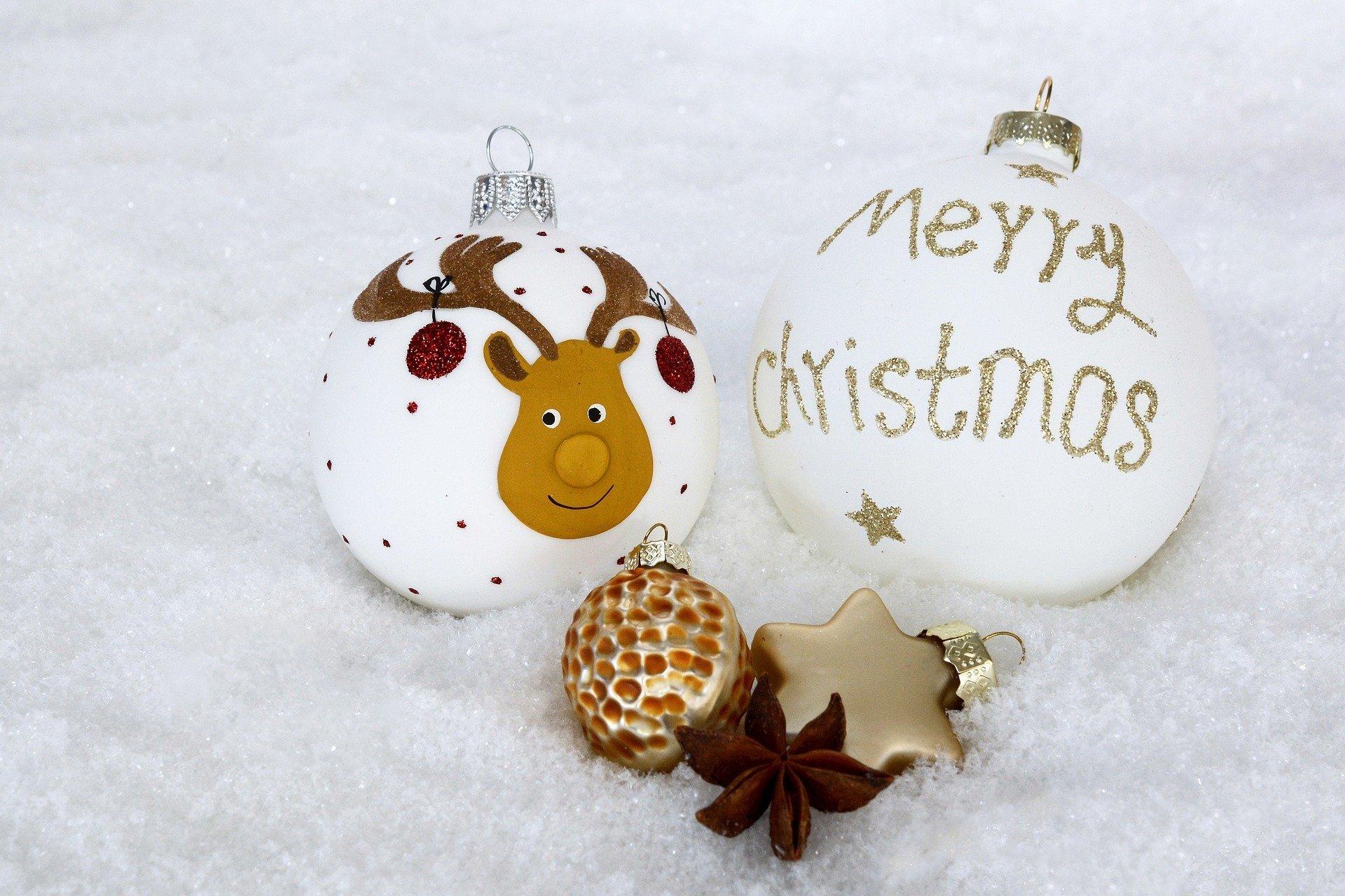 piosenka świąteczna We Wish You A Merry Christmas, słowa po angielsku i melodia