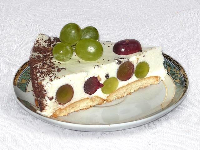 przepis na ciasto bez pieczenia z winogronami