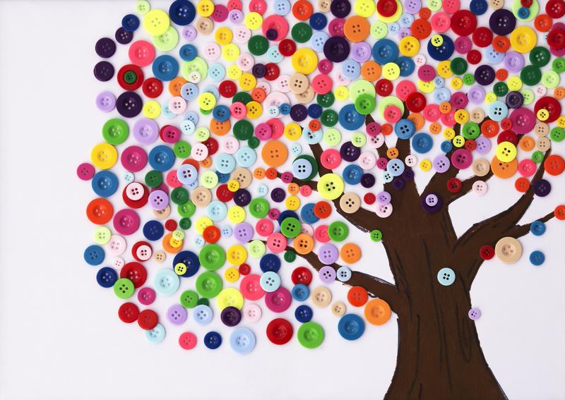 Jesienne drzewo z guzików, zabawa plastyczna dla dzieci handmade