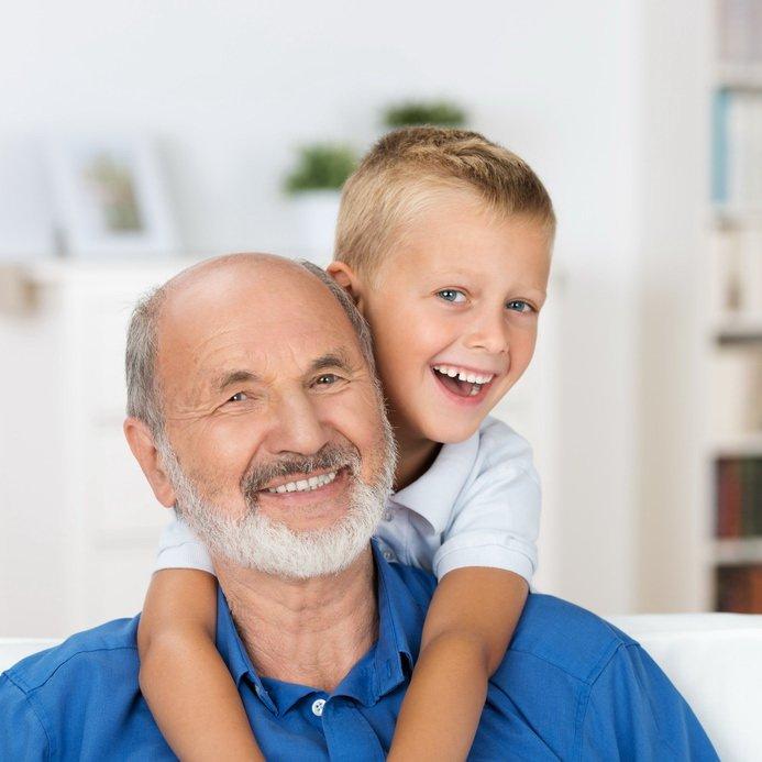 wierszyk dla dziadka Z dziadkiem wszystko jest pyszną zabawą