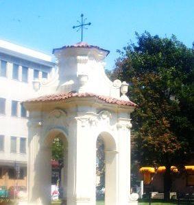 Kapliczka Chrystusa Frasobliwego