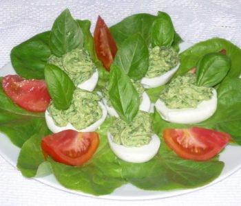 Przepis na jajka faszerowane na zielono