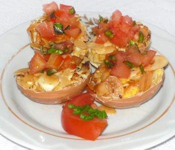 Przepis na faszerowane jajka w skorupkach z migdałami