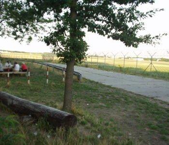 Miejsca widokowe przy pasie startowym
