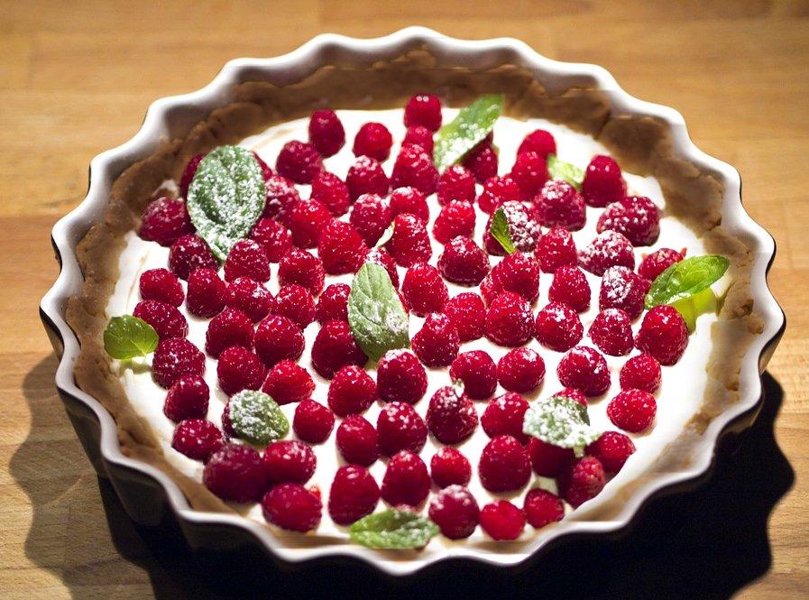 przepis na ciasto malinowe bez pieczenia