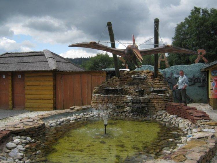 Park dinozaurów w Karłowie to rozrywka dla całej rodziny
