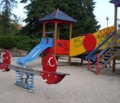 Plac zabaw w Parku Szczubełka