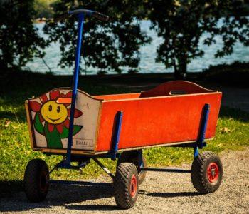 Malowany wózek