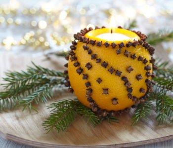 Wigilijny świecznik z pomarańczy