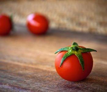 Pomi-pomi-pomidorek