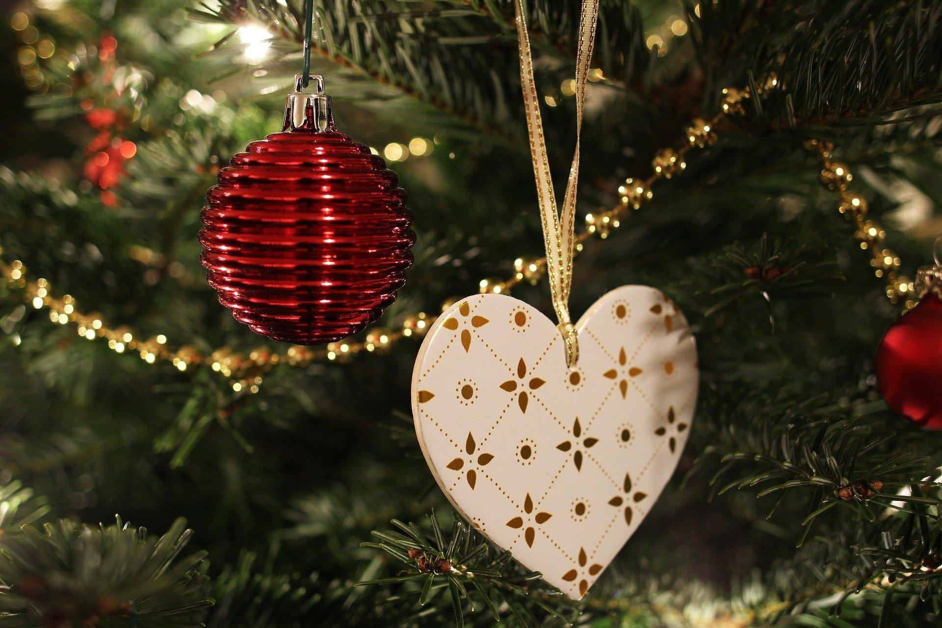 Srebrne Kolczyki świąteczny Wierszyk O Choince Dla Dzieci