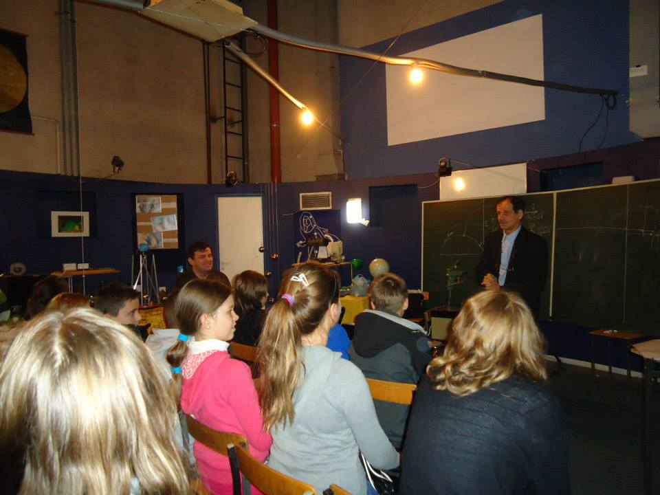 planetarium i obserwatorium astronomiczne - lekcja