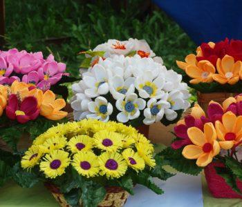 Dzień Matki Warszawa, kwiaty, prezenty