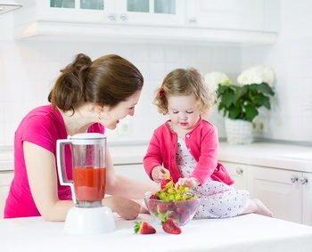 Przepisy z owocami, przepisy na lato dla dzieci, owocowe smoothie