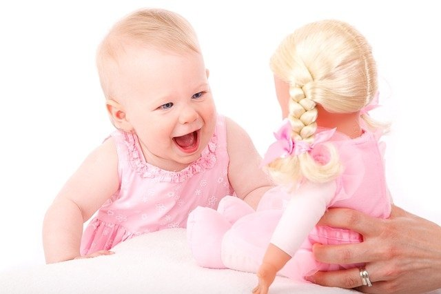 Jak rozmawiać z niemowlakiem. Komunikacja w wieku niemowlęcym