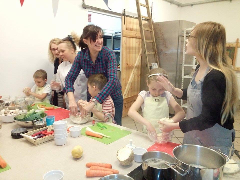Warsztaty kulinarne dla dzieci w Pracowni Tytka