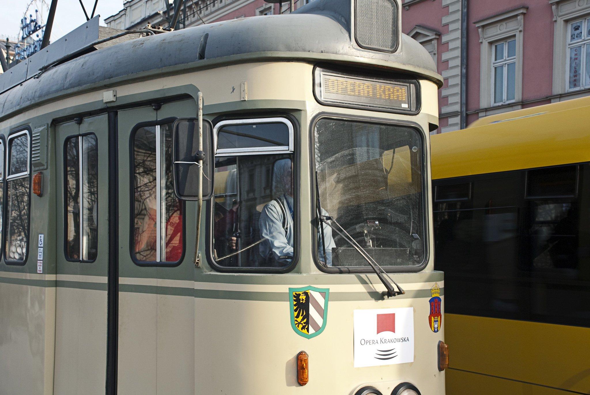 operowy tramwaj