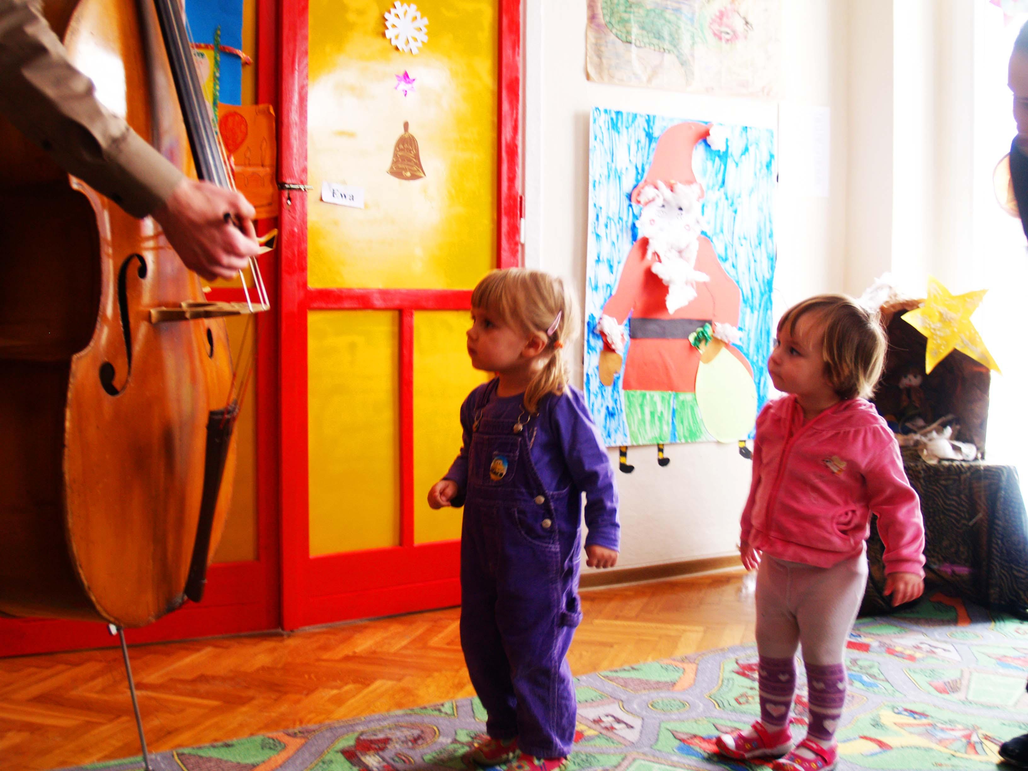 Cudowny wpływ muzyki, czyli jak granie na instrumencie determinuje pozytywny rozwój dziecka