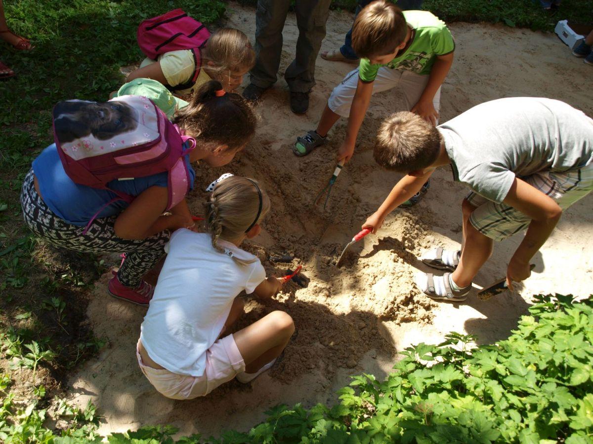 Piknik archeologiczny dla dzieci w Bytomiu