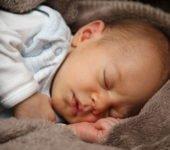 Problemy z karmieniem piersią noworodek