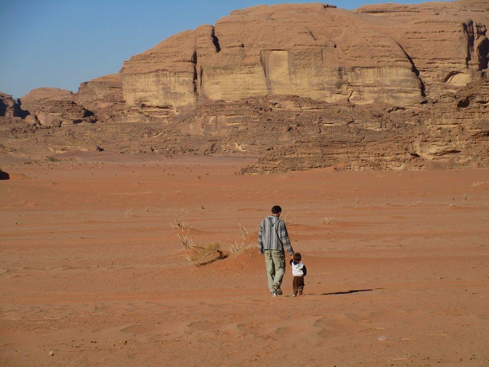 Podróże Z dzieckiem - Roszek na pustyni
