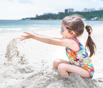 10 pomysłów na zabawę na plaży