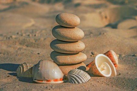 zabawa na plaży w archeologa