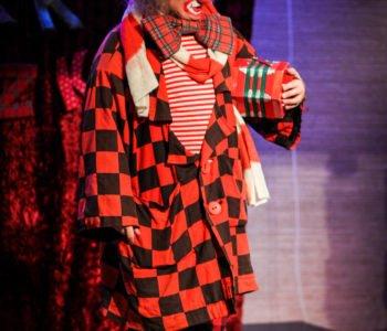 clown-pinezka teatr miasto aniołów