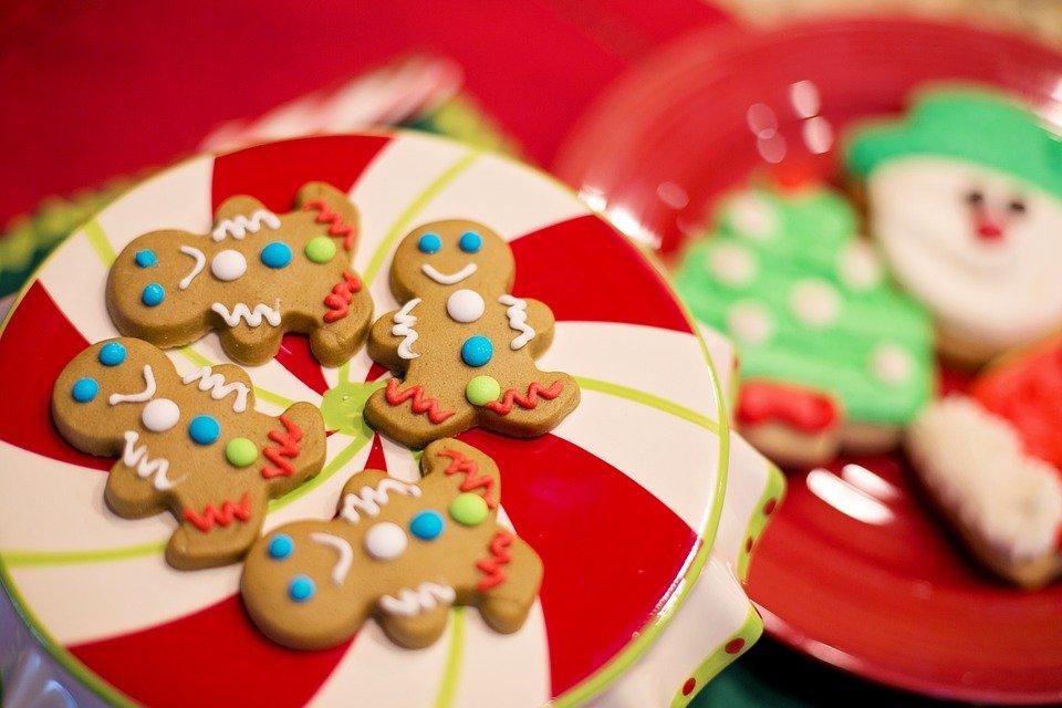 Warsztaty ozdabiania pierniczków i ozdób świątecznych