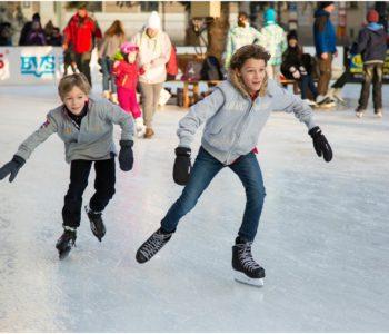 łyżwy zima lodowisko dzieci