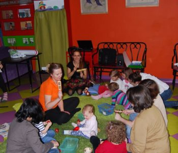 musical babies kofifi kalimba zajęcia język angielski dla niemowląt i małych dzieci