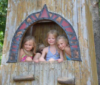 zabawy dla dzieci na powietrzu na lato
