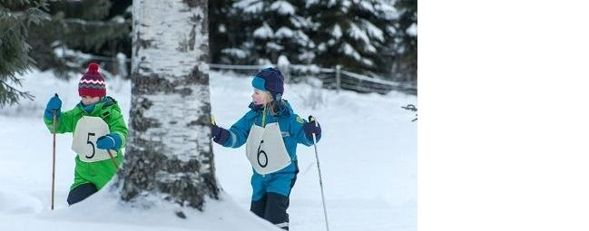 """Kacper i Emma – zimowe wakacje"""