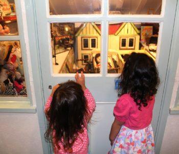 pixabay dzieci muzeum zwiedzanie