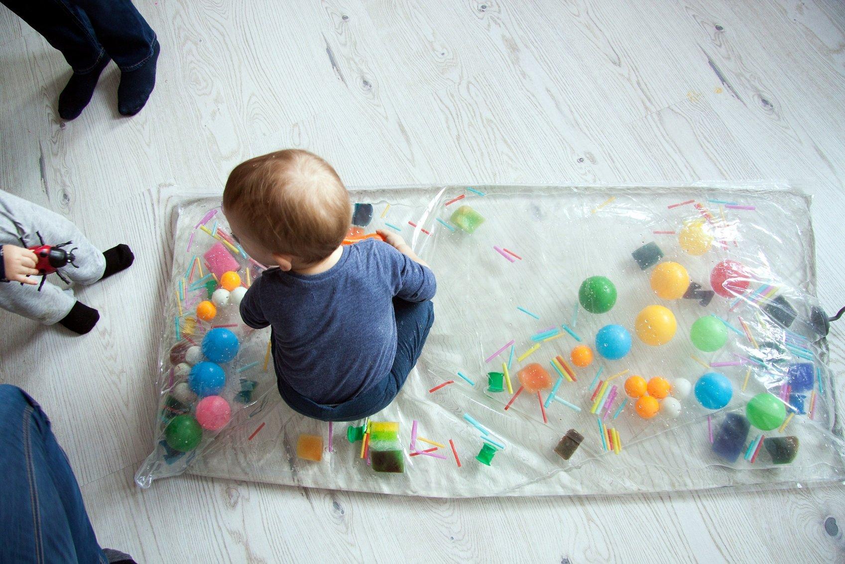 Sensorki w Baby Club Cafe - recenzja Iza Jóźwiak