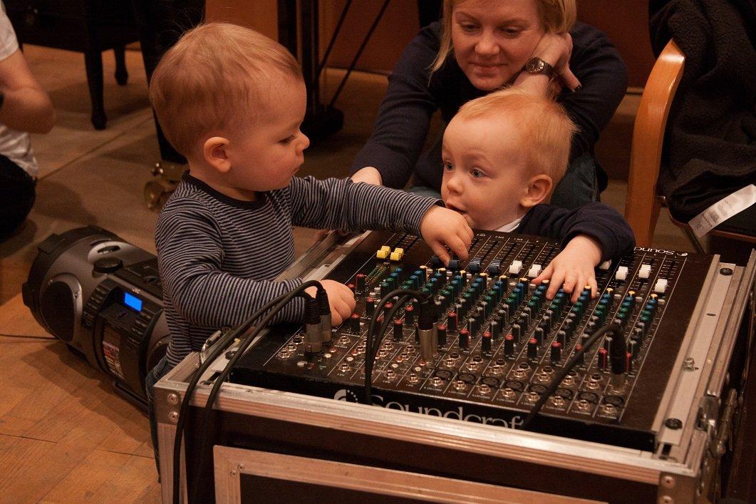 Iza Recenzja Baby Bum Bum 12.02.2017 Filharmonia Łódzka