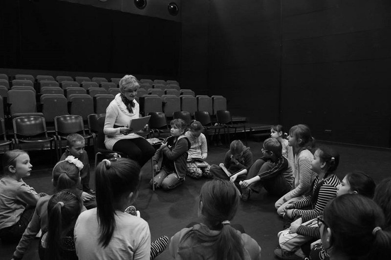 W Pleciudze spektakl przygotowany przez dzieci w Szczecinie