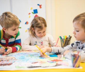 Zajęcia adaptacyjno-edukacyjne MiniCiuchcia dla dzieci od roku do 4 lat z opiekunem na Targówku