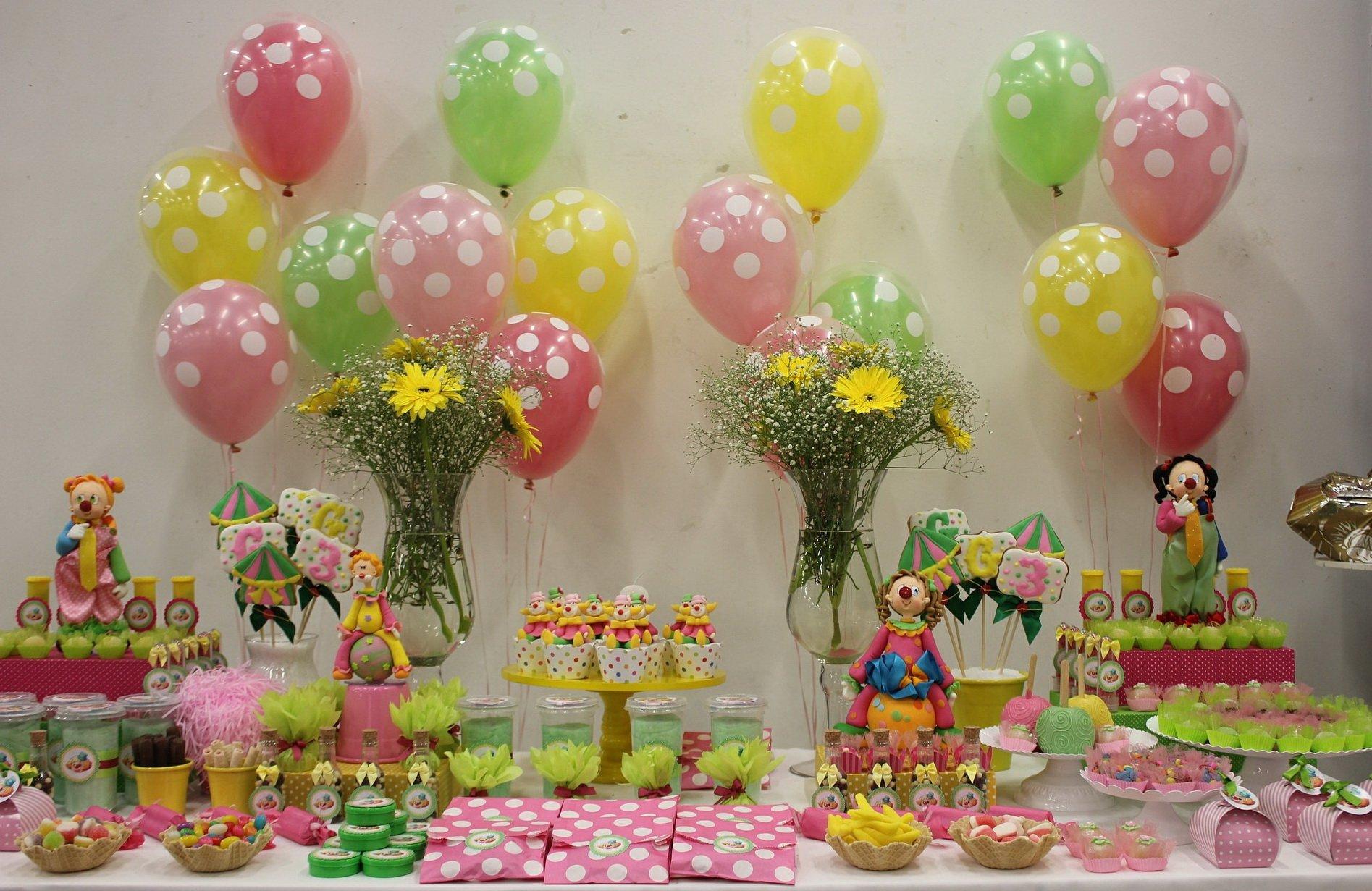 Urodziny cyrkowe dla dzieci poczęstunek